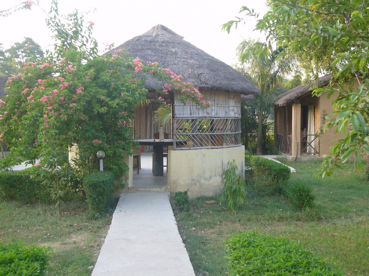 Bardia Kingfisher Resort