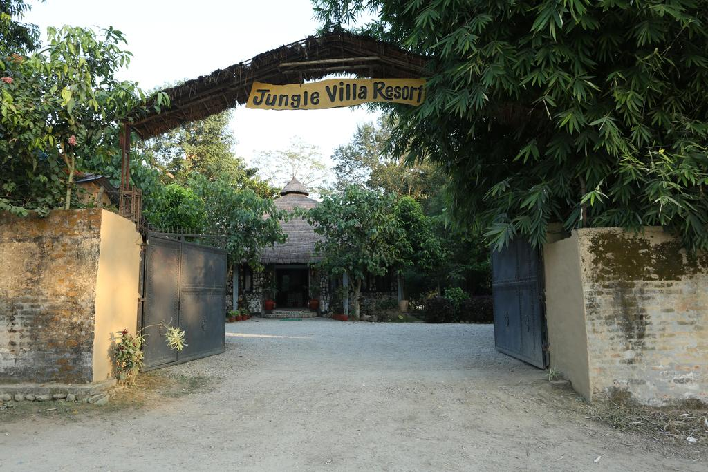 Jungle Villa Resort